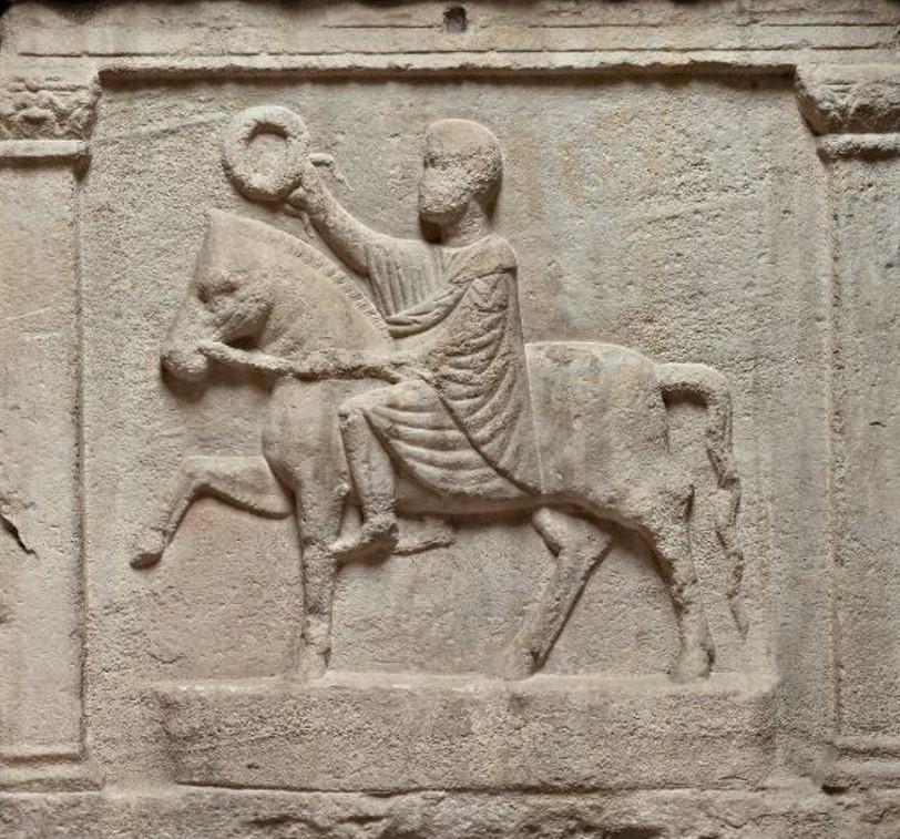 Frammenti di un antico passato. Giocovisita per famiglie al Lapidario Estense